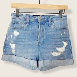 Hollister Ultra High Rise Mom jeans